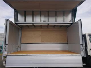 ウイング ワイドロング(荷室長さ4.4m) 格納ゲート付